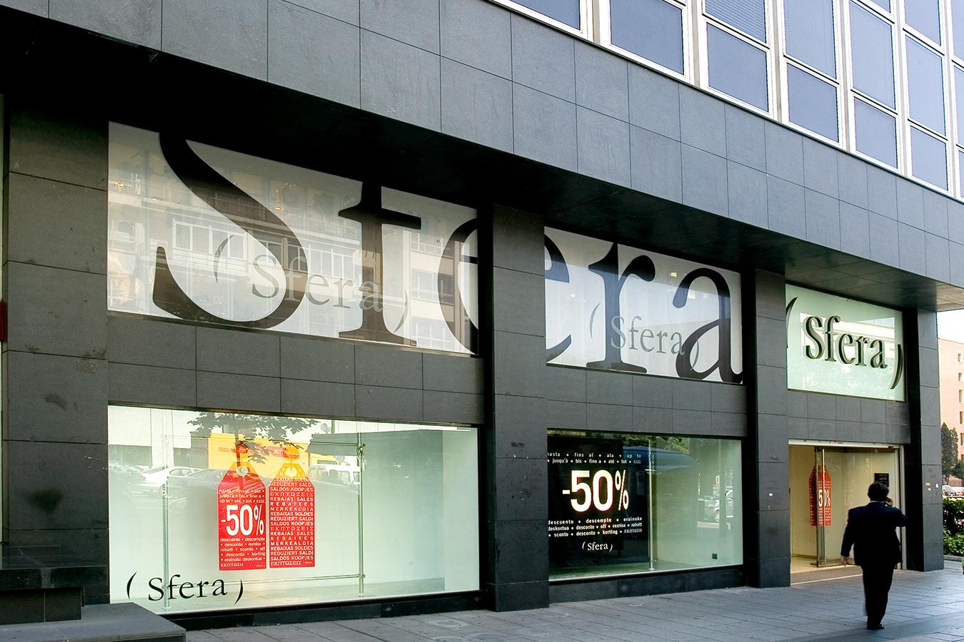 El Corte Inglés Sfera Womenswear Menswear Brand