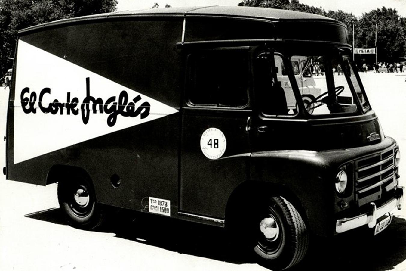 El Corte Inglés Antique Truck